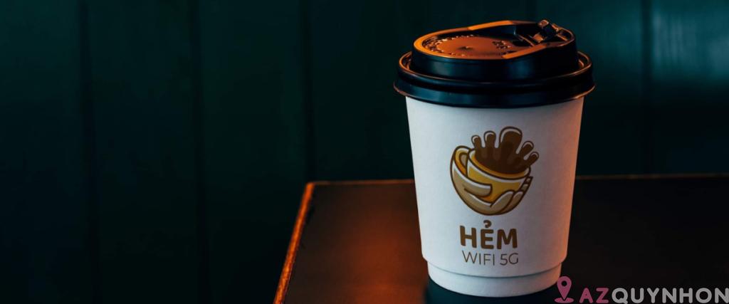 Hẻm Kafféé – Quán cafe phong cách bụi