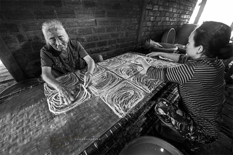 Bún Song Thằn là niềm tự hào của mảnh đất Bình Định bởi sự hòa quyện của những giá trị văn hóa ẩm thực độc đáo lâu đời tại địa phương – Ảnh: Sưu tầm